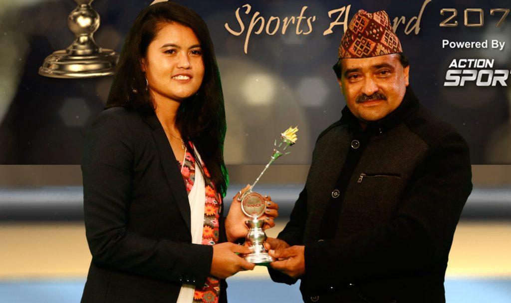 People's Choice Award to Aruna - Sourya Online